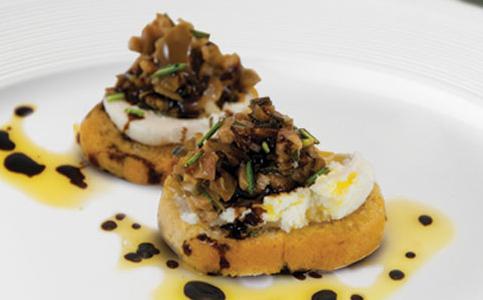 Cervasi Bruschetta with Olives